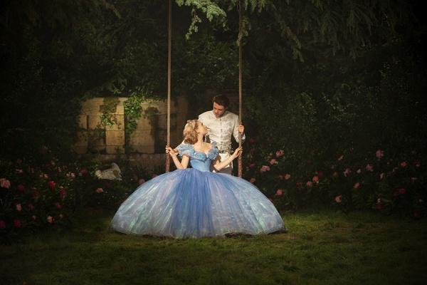 灰姑娘迅雷下载 蓝光原盘 百度网盘下载 /仙履奇缘(港/台) / 2015 Cinderella 38.3GB Litte_F 电影, 蓝光原盘插图(3)